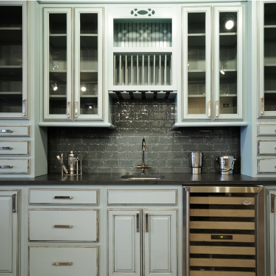 Buying kitchen cabinets custom built to your measurements is easier than you think